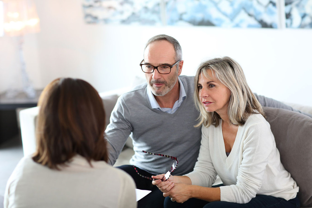 couple-meeting-with-lawyer-for-estate-planning-appointment-1024x683